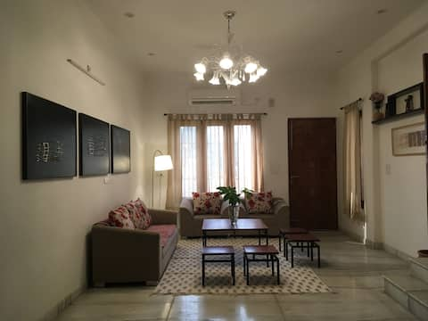 Cozy & Spacious Private Apartment - Raas Homestay