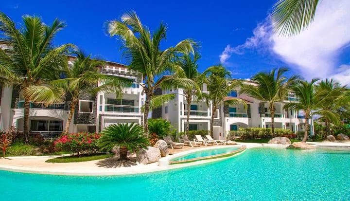 Apartament z pięknym widokiem na basen, Wi-Fi /AC