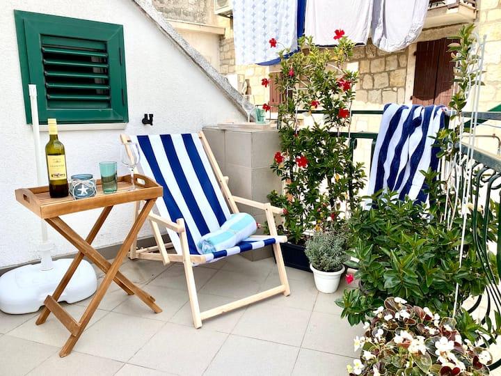 Split-Kaštela-Trogir/100m Sea/Terrace/Old town