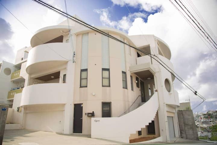 高級住宅一軒家まるまる貸切