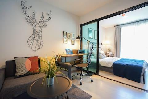 Bangkok  Remote work one  bedroom Near BTS Bearing