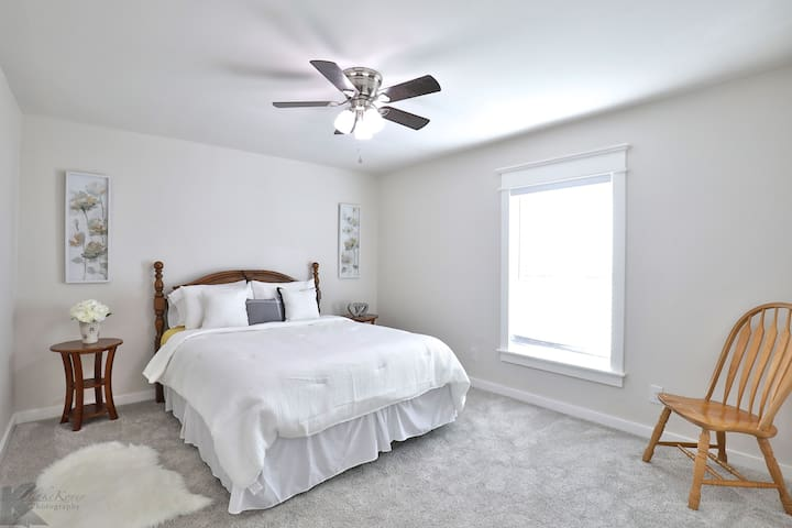 3rd Bedroom with a queen bed.