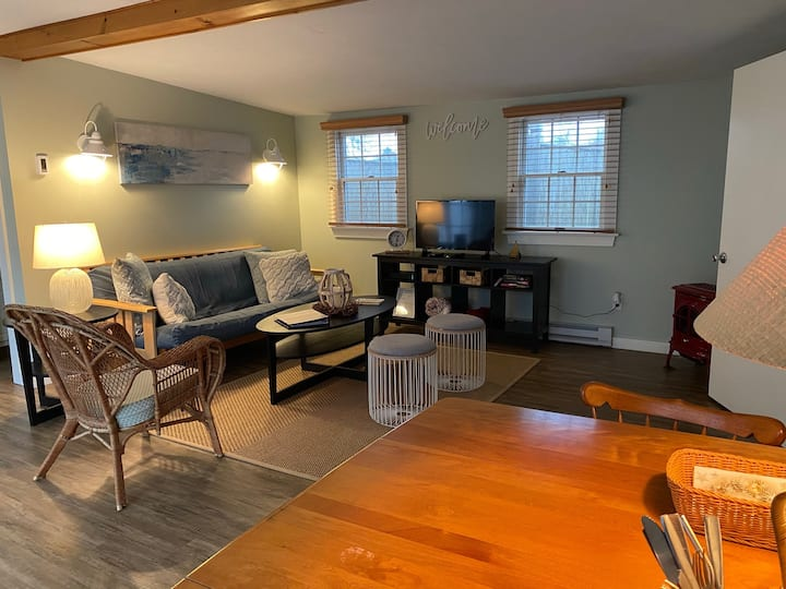 Perfectly Private & Quiet Historic South Yarmouth