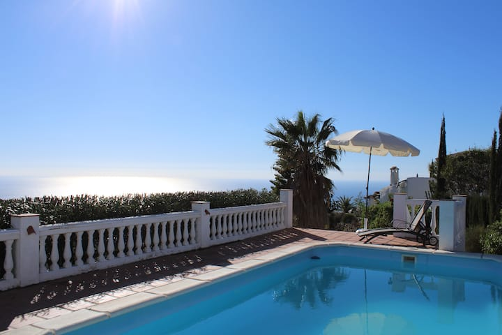 Villa Tranquila - Great Seaview - Priv. Pool - 3bd