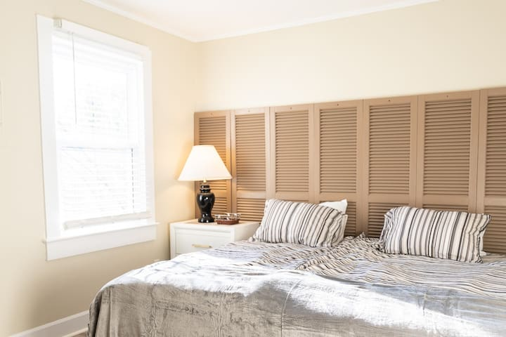 Master Bedroom - can be set up as 2 Twin XL beds