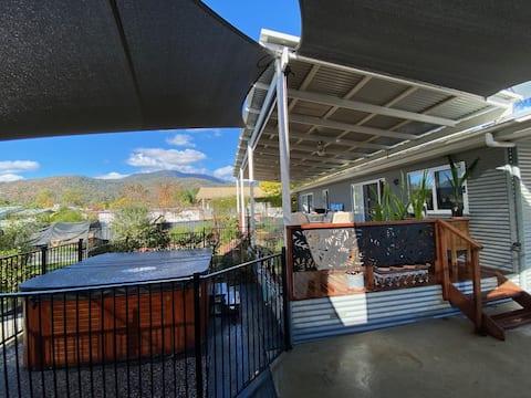 103 Lakeside - Alpine house with mountain views