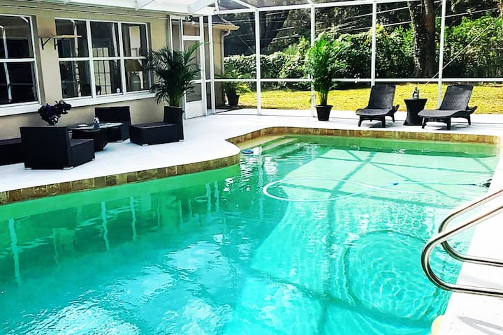 CLEARWATER Paradise huge Villa 3450 sqft with Pool