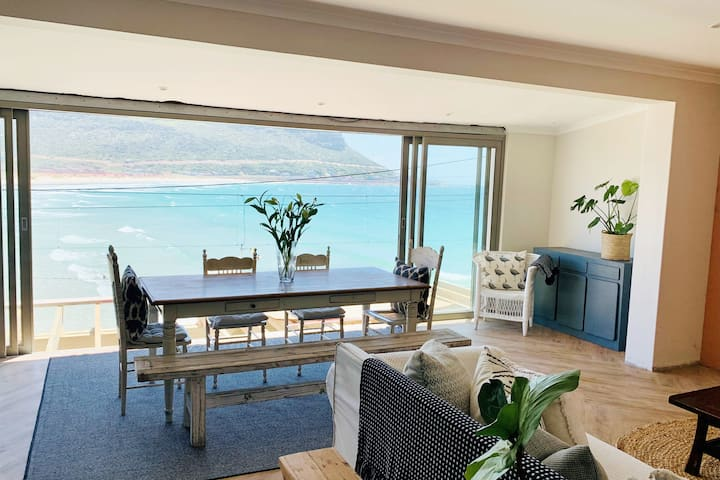 Private access to the beach and breathtaking views