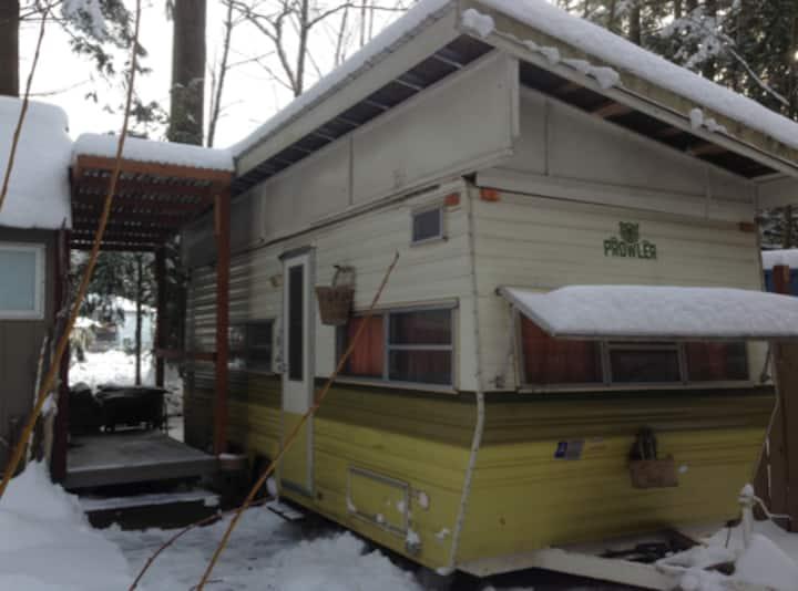 Caravan Housing for Mt. Baker Ski Adventures