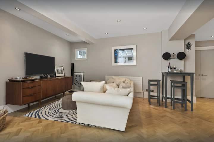 Spacious Apartment in Chelsea, sleeps 5