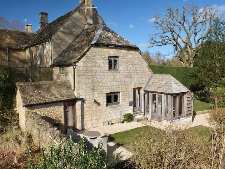 NEW! ❤︎ Romantic Cotswolds cottage, near Burford