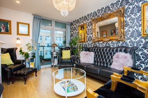 Unique & Welcoming 2BD Flat in Limehouse