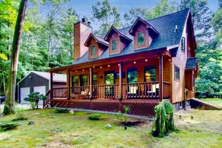 Premier Cottage Getaway-Acorn Grove, Pentwater, MI