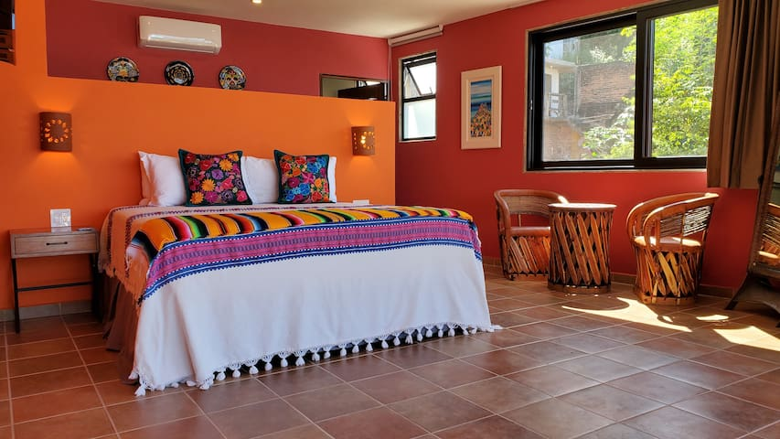 Monica's Mirador, the acting Master Bedroom of Villa Amistad with kitchenette, private terrace and phenomenal ocean views