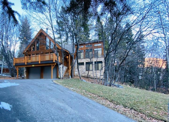 Sundance Mt. home...sleeps 10...5 STAR!!