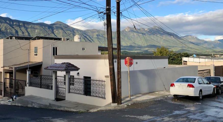 The Esquina House