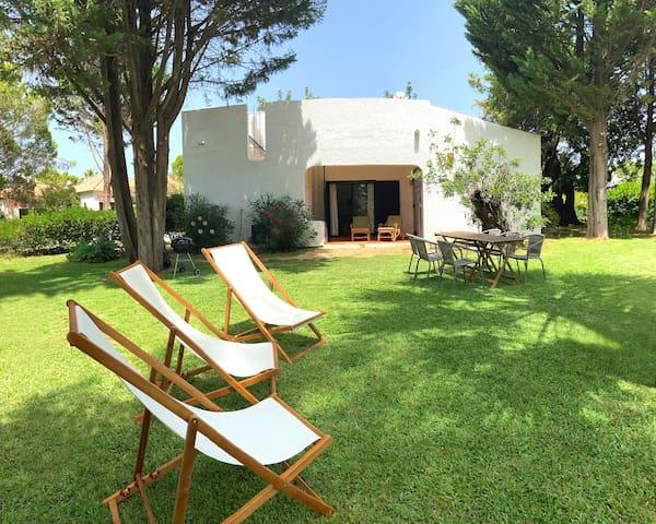 CABANAS TAVIRA 2 quartos, jardim, piscina e praia