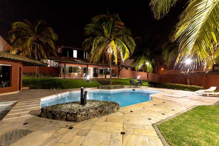 Perfeita mansão de 4 suítes, @tuacasaaracaju