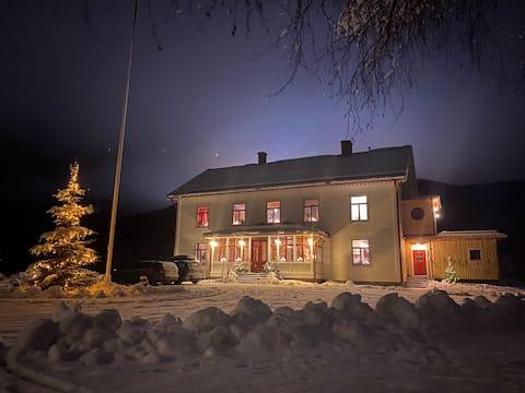 Apartment in beautiful vicarage near Branäs
