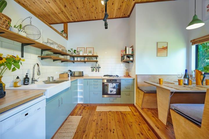 Studio 10- Byron Bay Short & Long Term Welcome