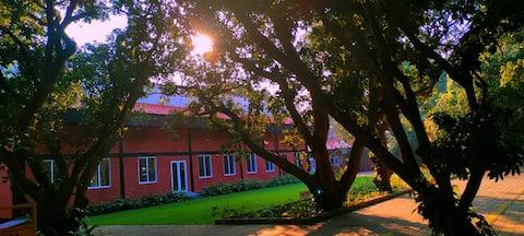 Tikratoli Estate - Heritage home
