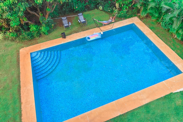 Casa del garg -Biggest Pool     by Limestays
