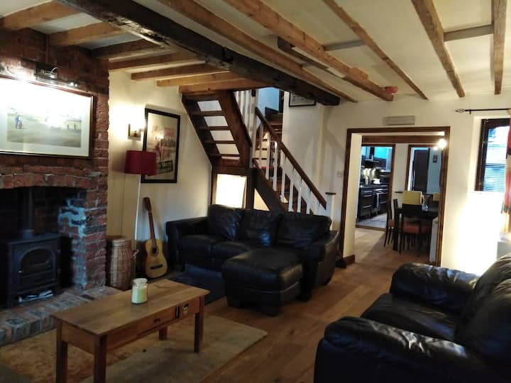 NEW! Unique Georgian cottage with private parking.