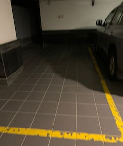 The entrance is wide enough for wheelchair to access.