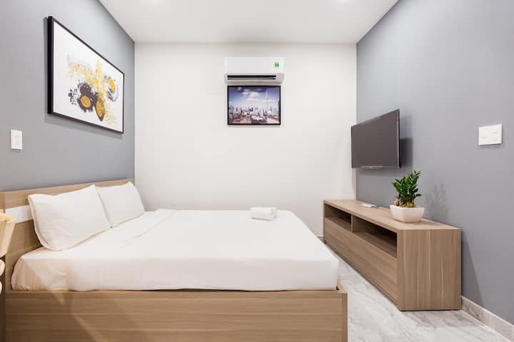 Studio for traveller-airport area-24/7 store-5star