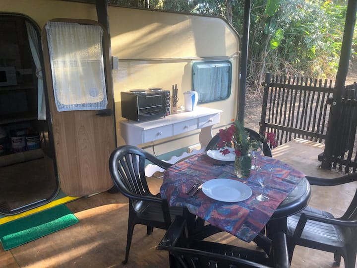 Balis Van - Fully equipped self-catering Caravan