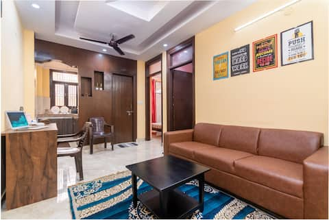 Independent 2 bhk,15 mins from Air,2mins-Bus,metro