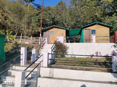 Baakhei Mud house.1