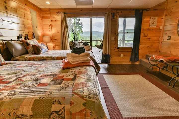 Lower Level Bedroom- 2 Doubles