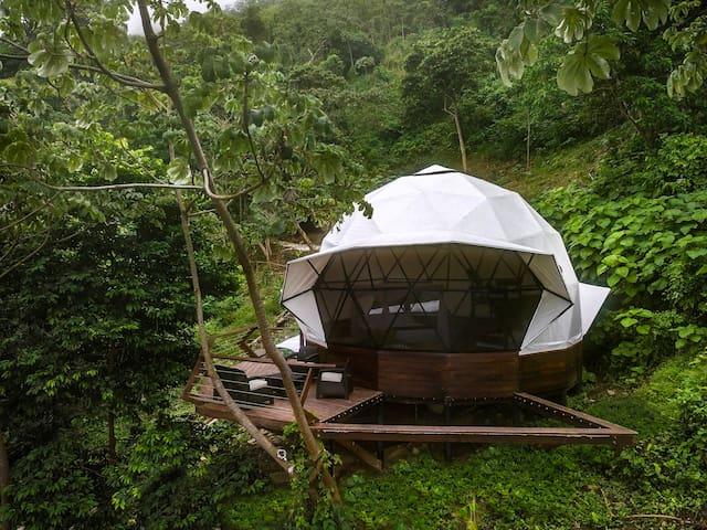 Family Suite Domo - Trekker Hostel