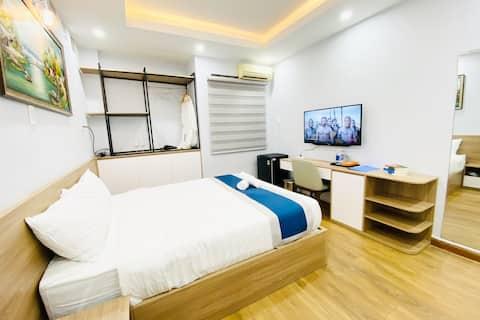 Modern queen room 16 m2,Center City,Netflix,102