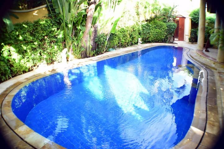 Lovely Large Luxury Villa - Private pool & Maid