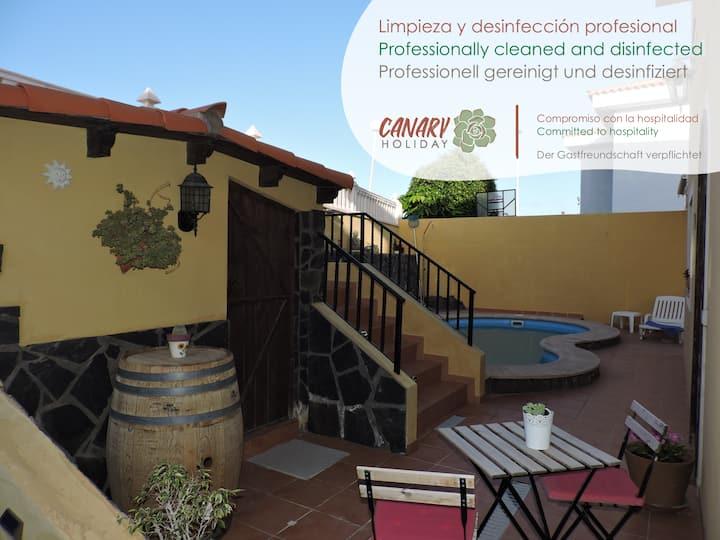 Casa Cardones Rústica, en San Isidro, Granadilla
