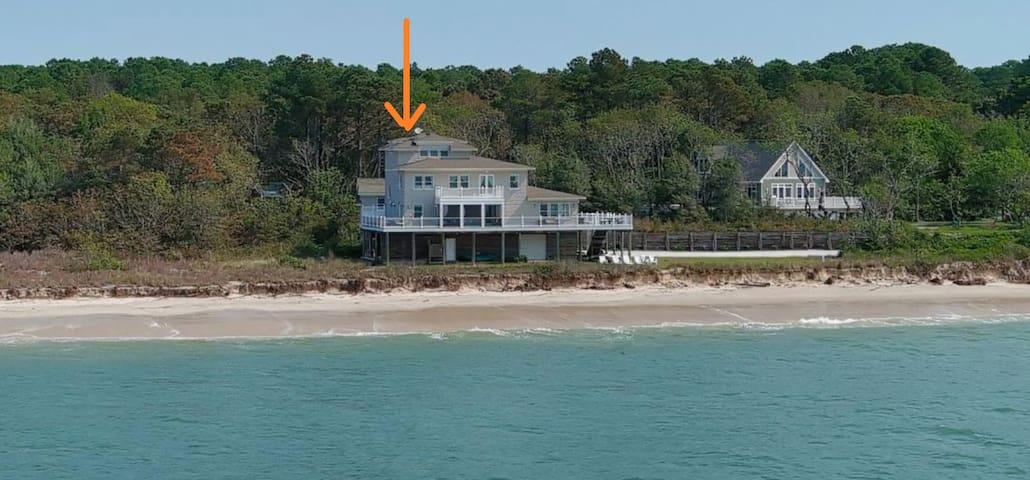 Private Oceanfront Villa - White Sandy Beachfront
