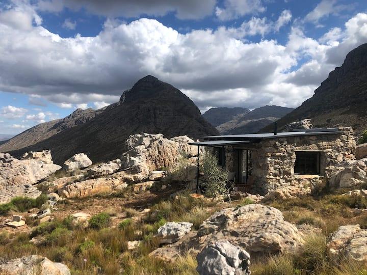 Uitsig High Mountain Stone Cottage