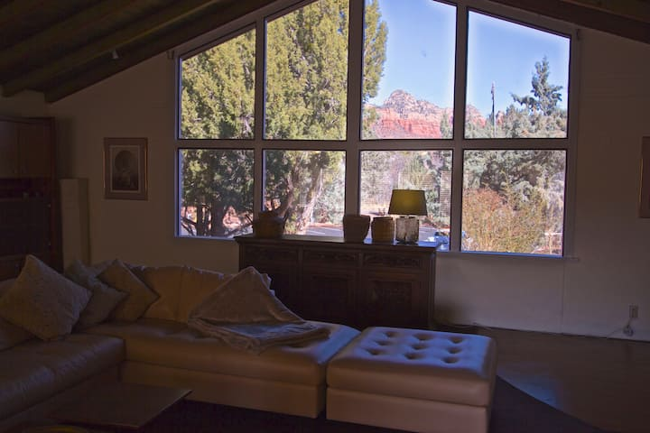 Large Suite with Thunder Mountain Views