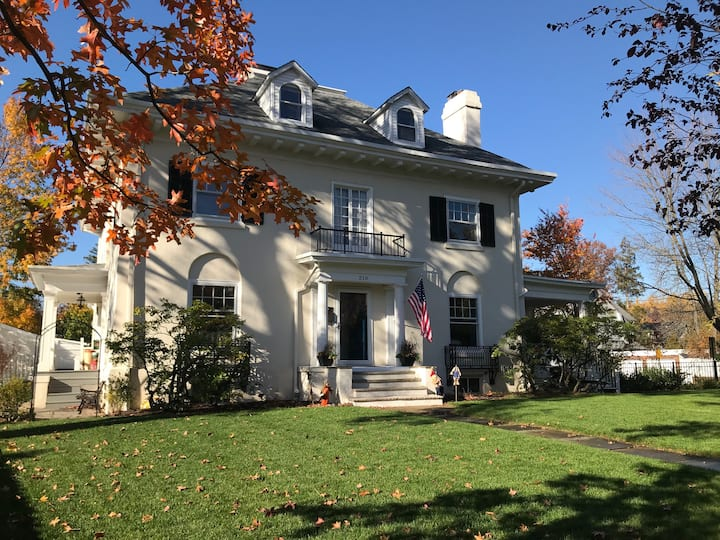 13-Room Colonial Montclair NJ House, 30 min to NYC