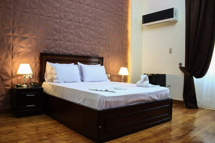 private Single Room in downtown