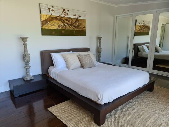 XL Queen bedroom 1