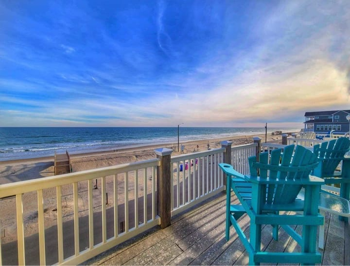 Semper Finally Oceanfront Townhome Sleeps 8 -Pool