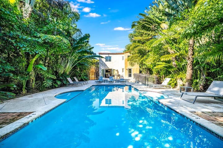 The Ultimate Historic Pool Villa in South Beach