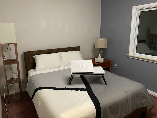 Master Bedroom and FYI the lamp has Qi charger