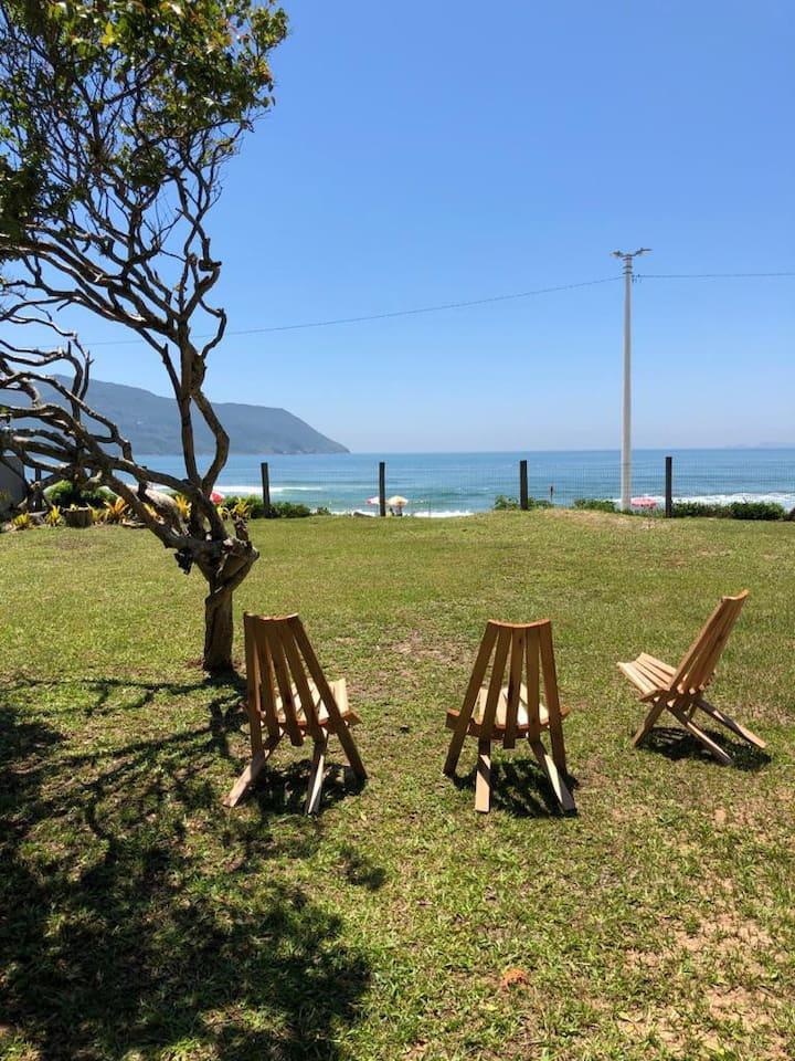 Casa Azul na Areia, vista e acesso direto a Praia