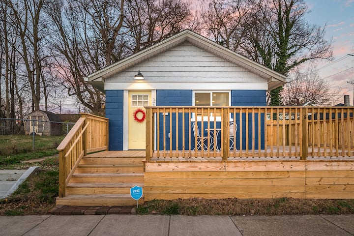 Renovated downtown Jeffersonville house