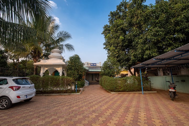 Geeta Bhawan - 3 bedroom Villa with all meals