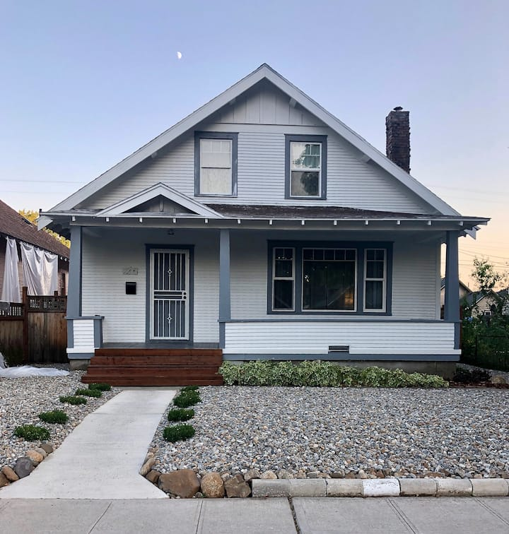 Beautiful Centrally Located Home near Downtown